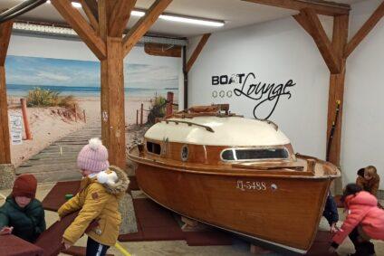 Bye-bye Boat Lounge